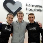 Tres grandes ciclistas muestran su apoyo al daño cerebral en el Centro Aita Menni de Donostia