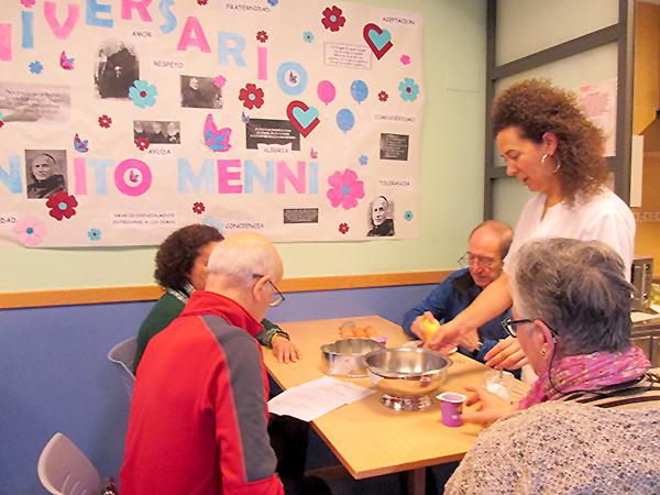 El Centro de Día de Daño Cerebral de Arrasate se vuelca en la celebración de San Benito Menni