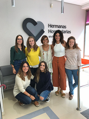 Logopedas en rotación de la UPSA con Ángela Fernández de Corres y Marina Pascual, profesionales del Centro de Neurorrehabilitación Aita Menni en Bilbao.