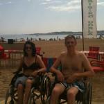 Disfrutar de la playa con DCA: baño sin barreras en Hondarribia