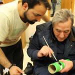 El taller fallero, un clásico en Valencia para entrenar habilidades sociales y destrezas motoras finas