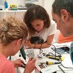 Un taller de adaptación de juguetes fácil, útil y divertido