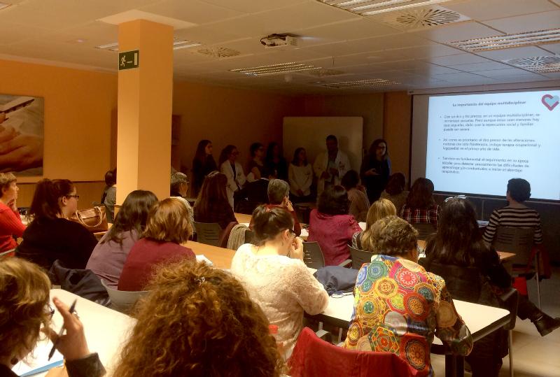 La Unidad Infantojuvenil de Valladolid estrena su 'Escuela de familias '