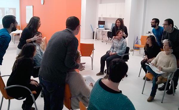 Rehabilitación logopédica miofuncional  en pacientes con daño cerebral