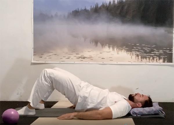 Rehabilitación física del daño cerebral: ejercicios para realizar en cama