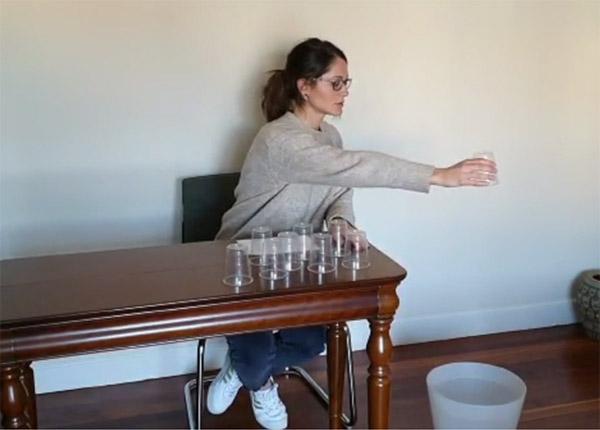 Rehabilitación del ictus: ejercicios de brazo en suspensión para casa
